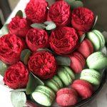 rožės dėžutėje